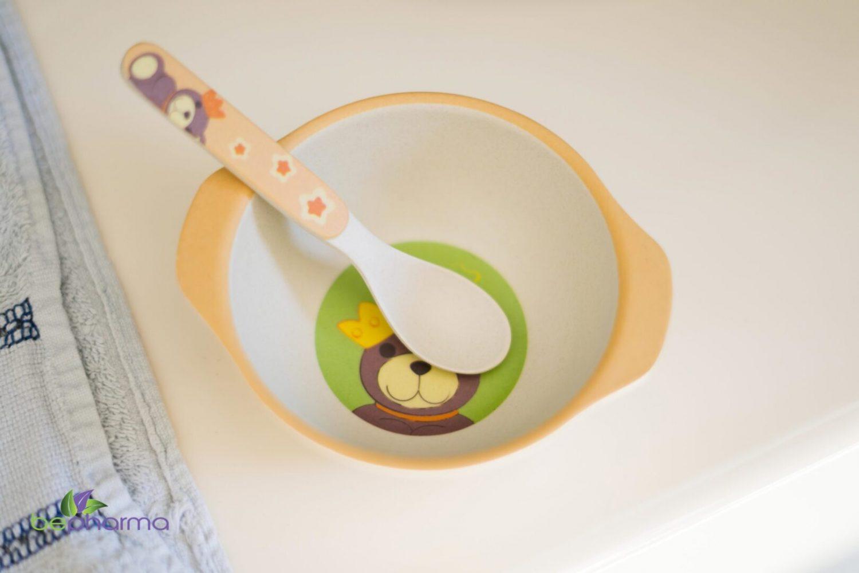svezzamento-piatto-cucchiaio-bambino